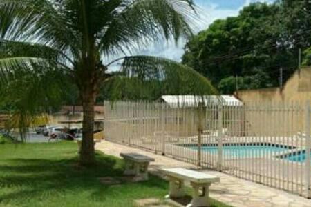 Apê Inteiro, Bem Localizado e Barato