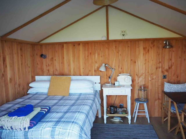 Panoramic Log Cabin St.Ives -