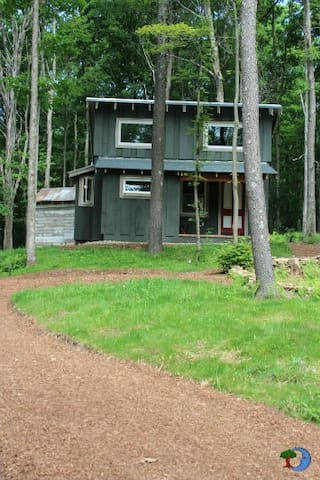 Walden Cabin on Deep Creek Lake