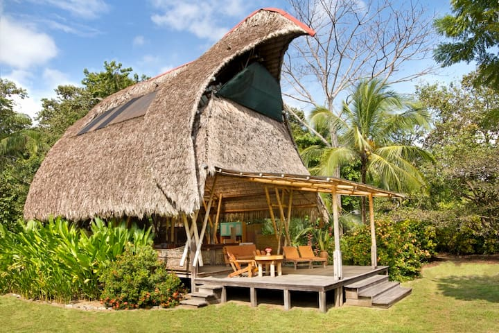 Open air beachfront house on the Osa