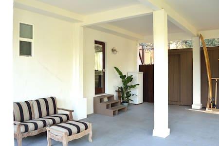 Topanga Modern Oasis Close to Beach - Topanga - Apartamento