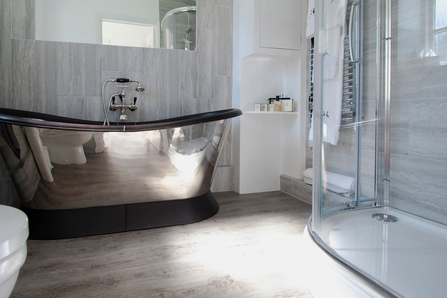 Luxury Bathroom with Bath and  Rain-shower