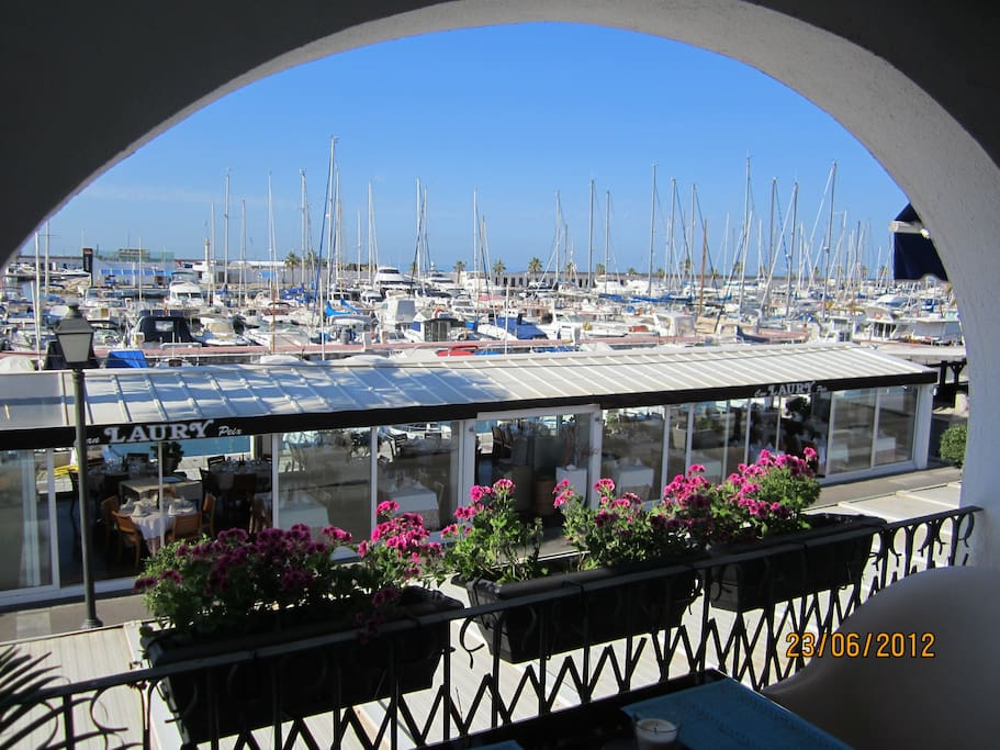 VIEW PORT FRONT
