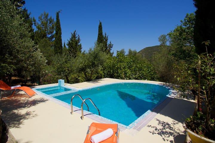 Traditional Kefalonian Angels Pool Villa
