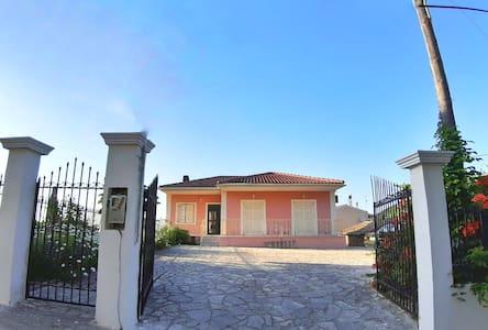Maria's countryhouse in Alimmatades, Corfu