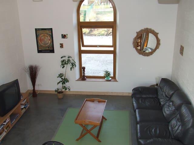 Chambre dans Grange réhabillitée - Condé-sur-Iton - Earth House
