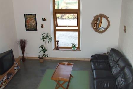 Chambre dans Grange réhabillitée - Condé-sur-Iton