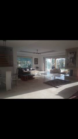 Villa luxueuse avec piscine à kenitra