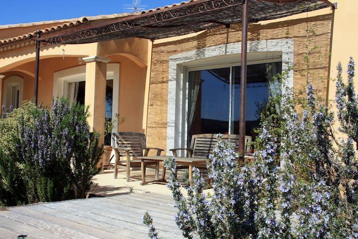 Grande villa dans l'Aude au calme - Saint-André-de-Roquelongue - Dom