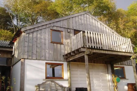 Laga Lodge, loch side self-catering accommodation