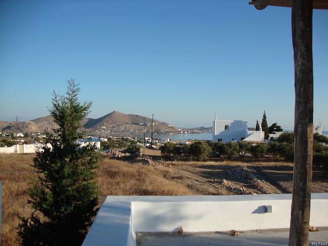 PAROS MODERN,MINIMAL & PRIVATE SEA VIEW STUDIO - Paros - Rumah