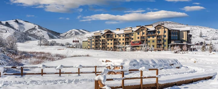 Entire Condo Park City Ski-in/out Presidential!