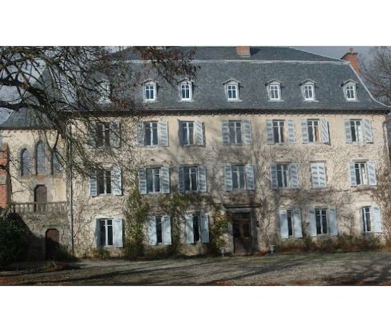 Stay in a beautiful Chateau in the Cantal