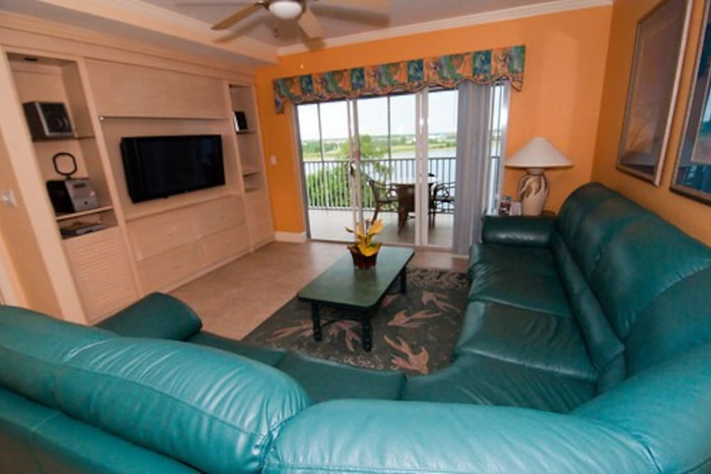 Big screen tv and plenty of space for a family - in larger unit.