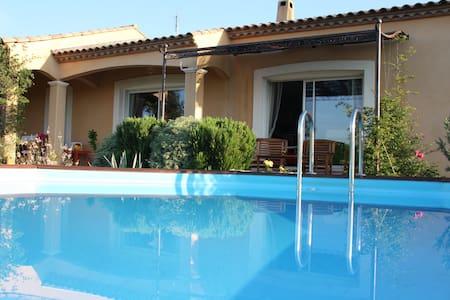 Grande villa dans l'Aude au calme - Saint-André-de-Roquelongue