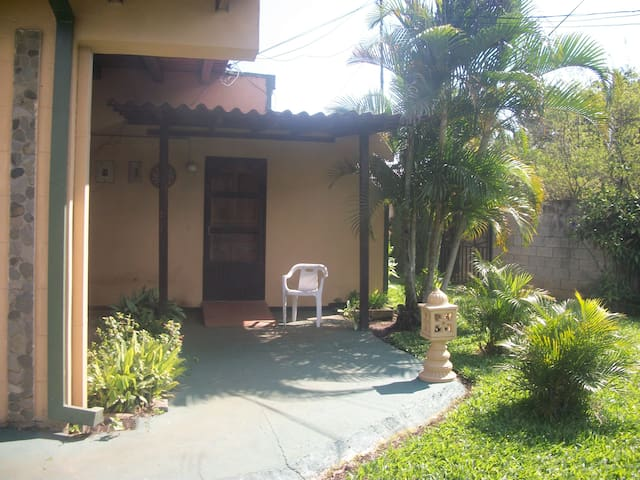 Villa Rita Country Cottages 1  - La Garita - Apartment