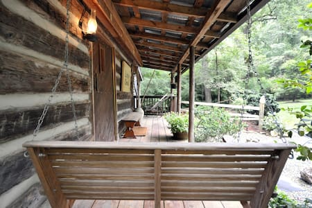 Country Cabin SPA Retreat  - Mebane - 小木屋
