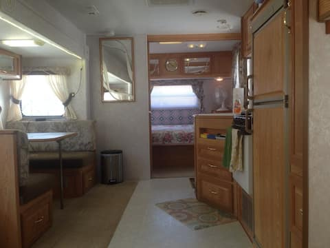 RV / Efficiency Apartment / Studio