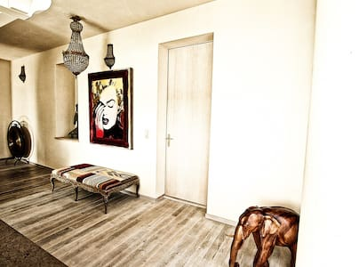 JAMES DEAN Superior room - Le Mont-sur-Lausanne