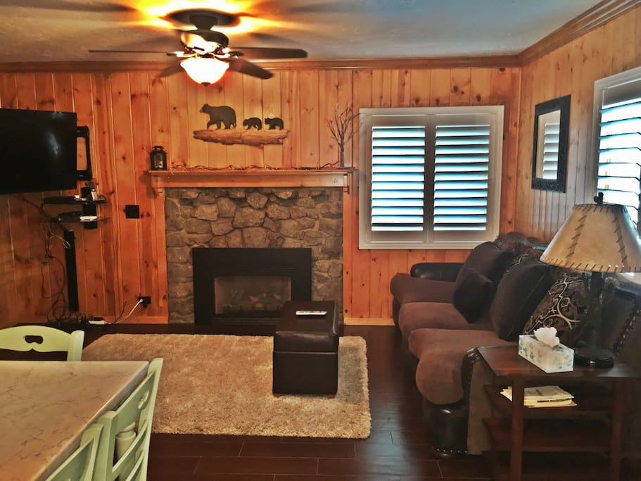 Romantic Weekend Getaway Cottages For Rent In South Lake