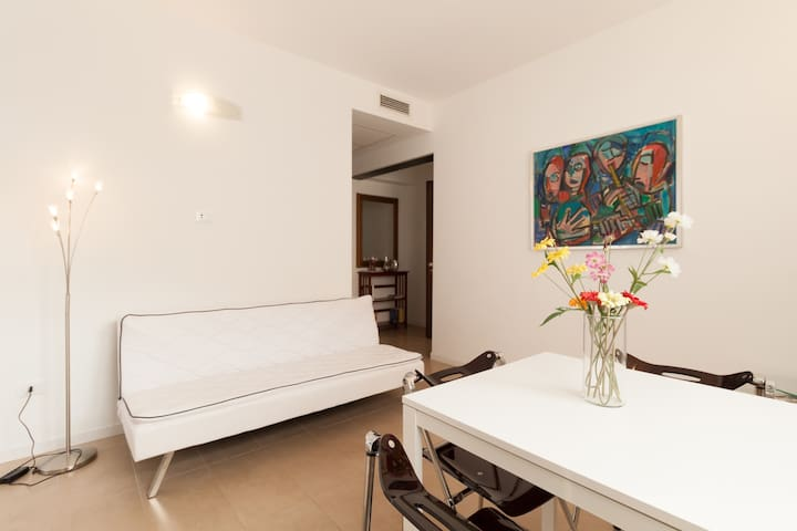 Brand new with private garden terrace & parking - Venedig