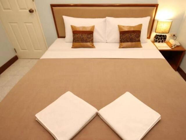 Elegant Room at Rajprarop 5 - Bangkok - Bed & Breakfast