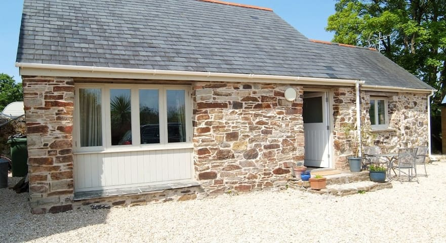 Cosy Cottage in North Cornwall - Talskiddy - Maison