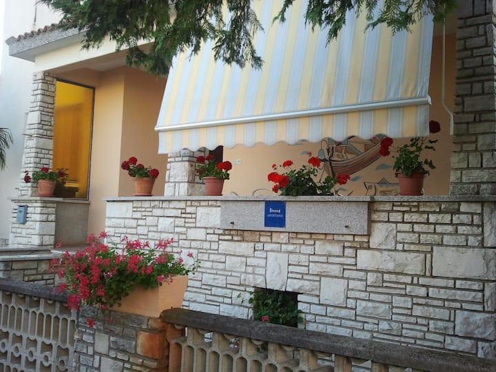 Apartment Roso Punta for 6+1, attractive location