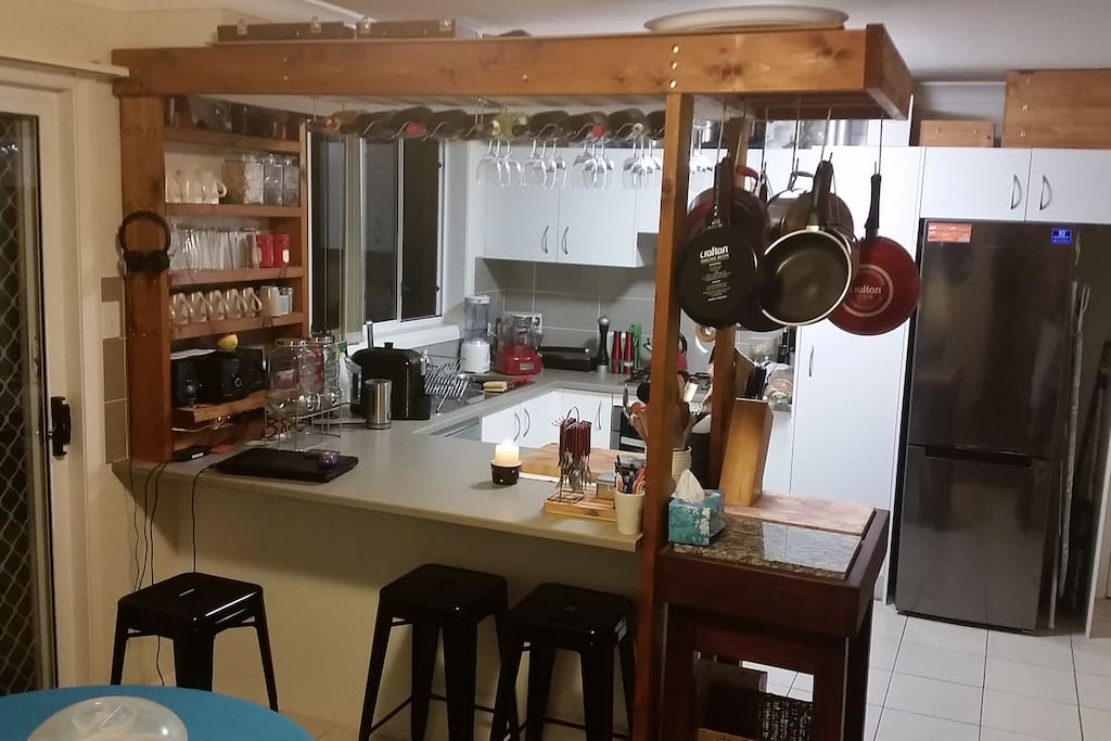 Kitchen facilities available for 2+ night bookings.