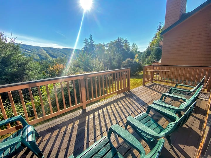 MWP22: Cozy 3BR Mt Washington Place Townhome; gorgeous views of Bretton Woods Ski Area; WiFi, Cable, Professionally Managed