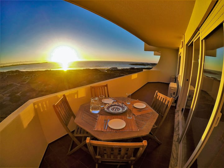 Baleal Waves View- Beach Front / 2 bedroom