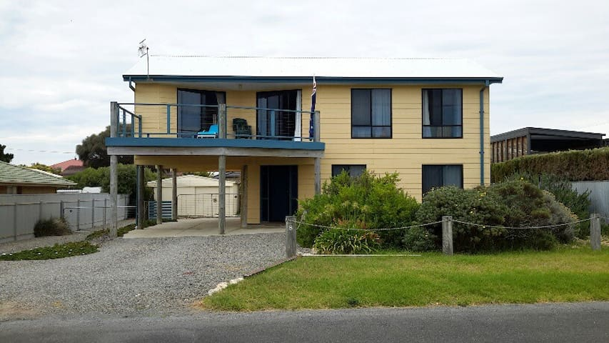 Sea Shack - 2 storey beachhouse  - Goolwa Beach - Hus