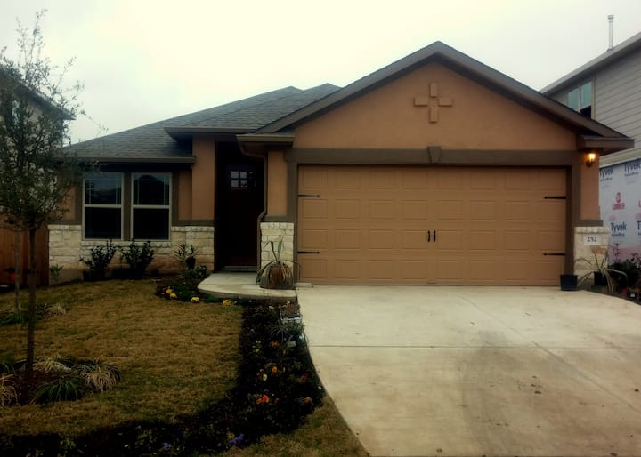 New 4BR Home in Buda Tx