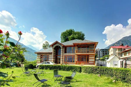 Cottage in valley of Manali - Manali - Bed & Breakfast