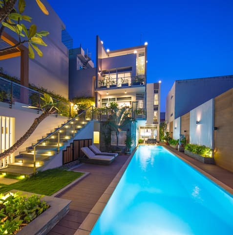 Modern Villa with Private Pool (3) - Ho Chi Minh City  - Ev