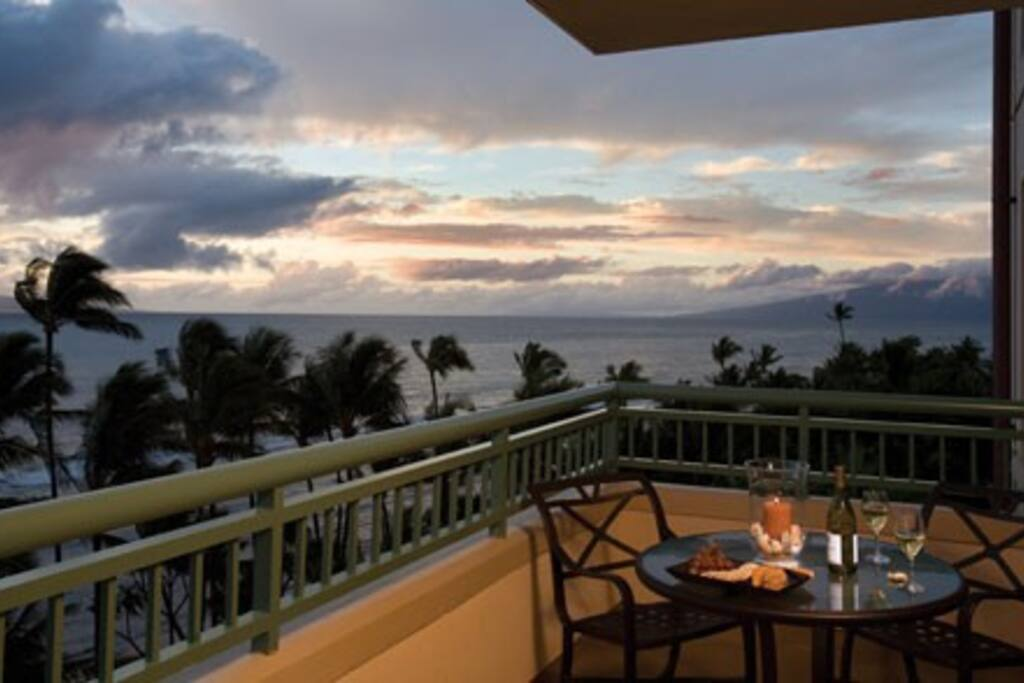 Beautiful sunsets as you dine on the balcony watching a whale pod in the channel.