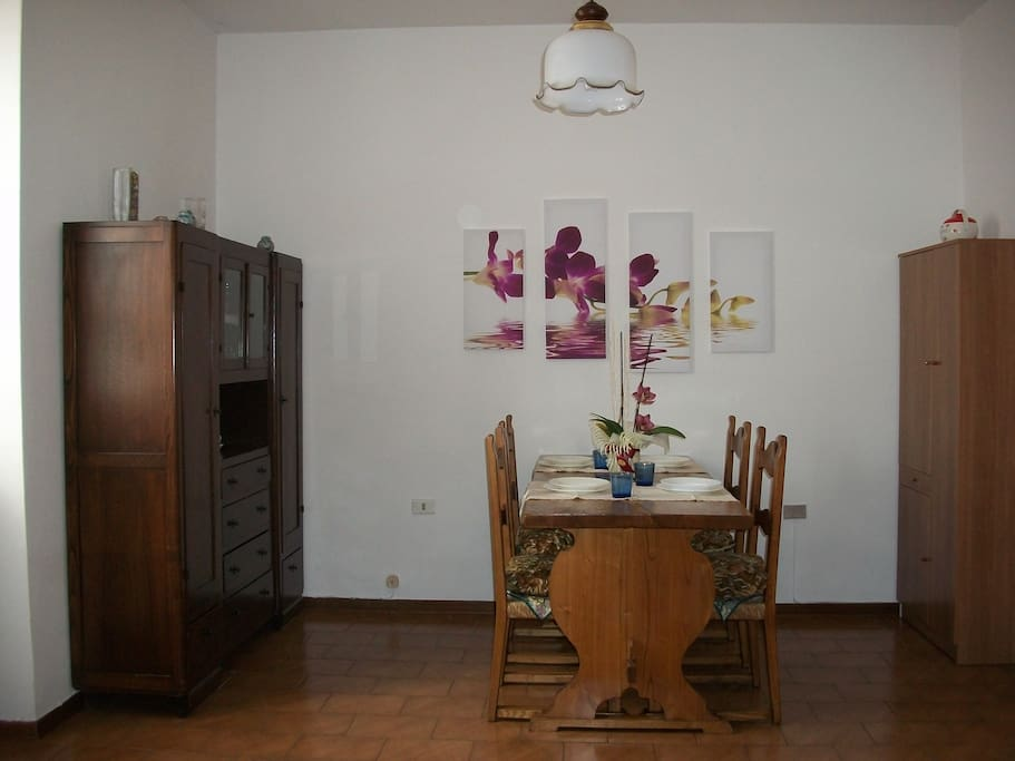 Spaziosa sala da pranzo