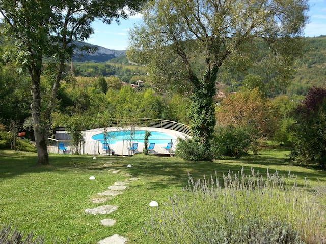 Reposante Villa Eloane superbe vue! - Saint-Antonin-Noble-Val - Casa