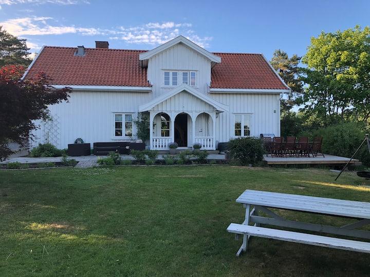 Flott hus med stor hage i Sarpsborg
