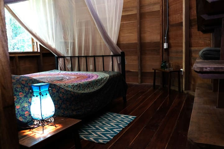 Casa Antorcha: Butterfly Room (2 persons)
