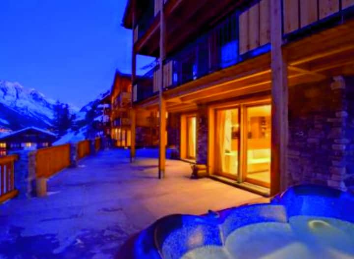Nice Chalet three storey for 10PAX
