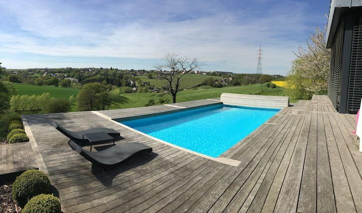 Villa 6P, piscine,spa,salle de sport, aucun voisin