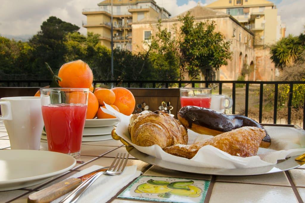 The terrace of La Giara apartment