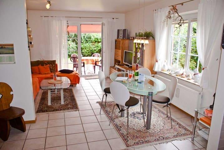 Modernes Ferienhaus an der Nordsee - Dornum - House