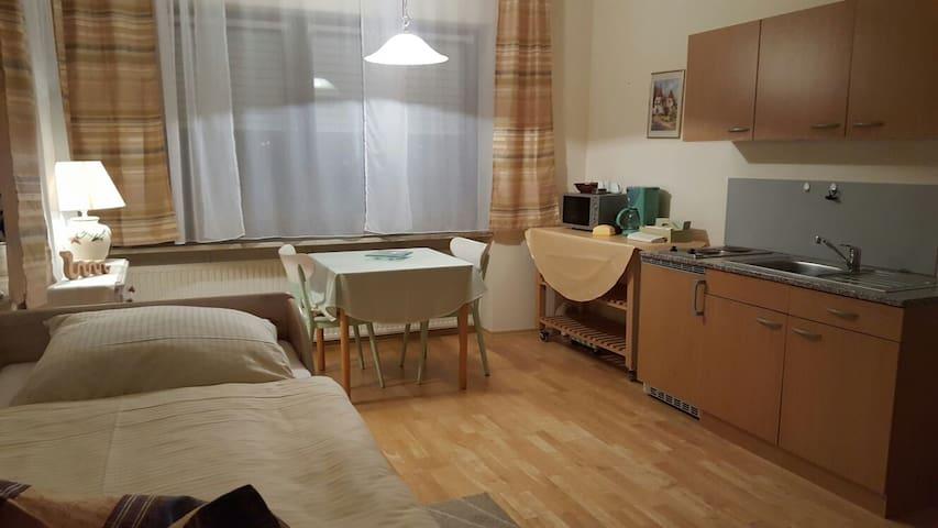 Kleine Wohnung Alte Schlosserei - Abensberg - Apartamento