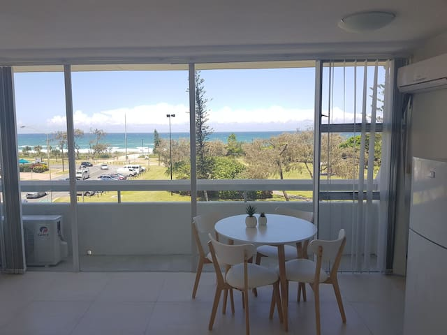Beach front Ocean Views in the heart of Broadbeach
