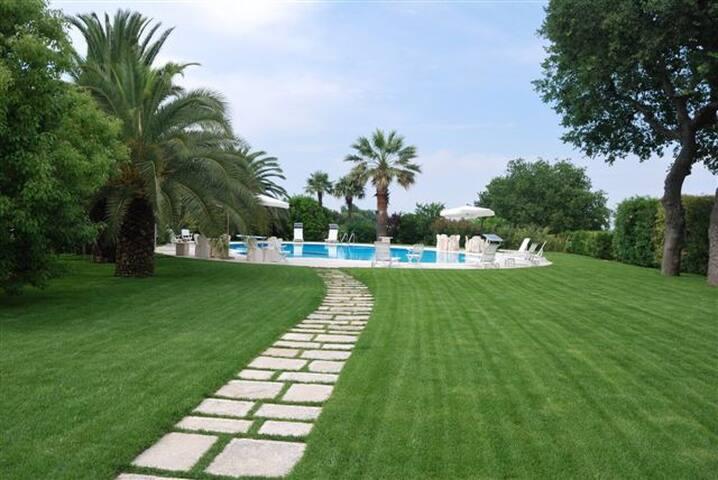 vacanza rilassante in B&B al mare - Civitanova Marche - Bed & Breakfast