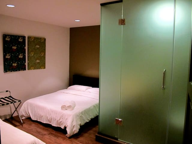 Enam @ Hotel Sun Lun Yik, Seremban - Seremban