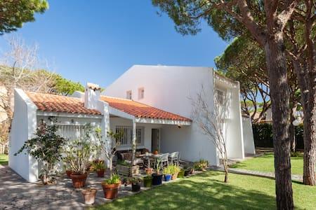 Casa en la playa con piscina. - Conil de la Frontera /Urbanizacion Roche