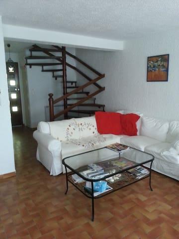 Living room entry side